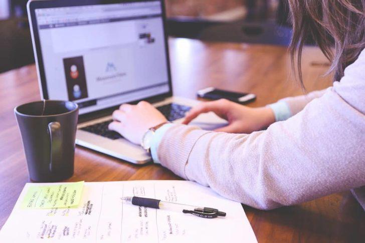 アップロード先:WEBデザイナーで年収1000万円は叶うのか? デザイナーのプロ的考え